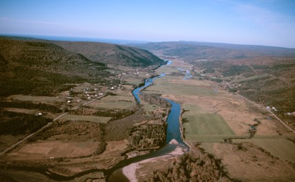 tl_files/sites/ees/Images/info/cb-margaree_valley-s.jpg
